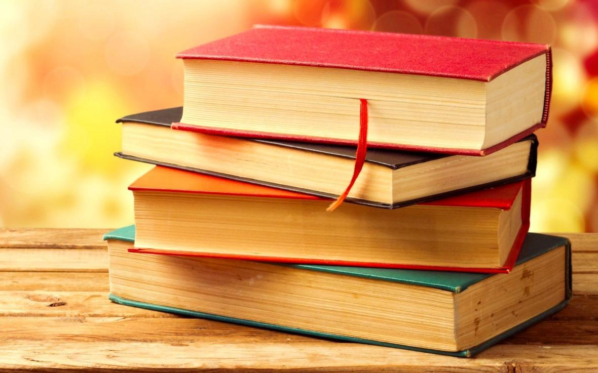 12 کتاب شاهکار و رمان ادبی دنیا؛ بهترین و پرفروش ترین کتاب های رمان دنیا