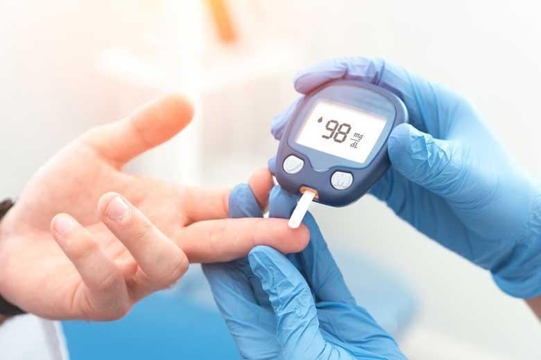 آشنایی با نشانه های دیابت نوع یک و دو